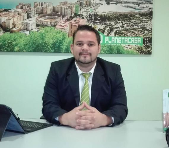 miguel angel asesor inmobiliaria planetacasa malaga