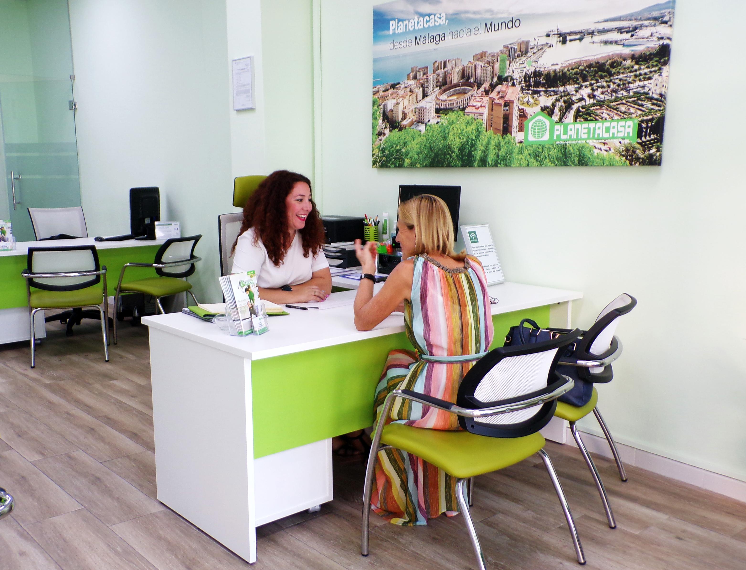 experiencia de cliente oficina El Palo Planetacasa inmobiliaria Málaga