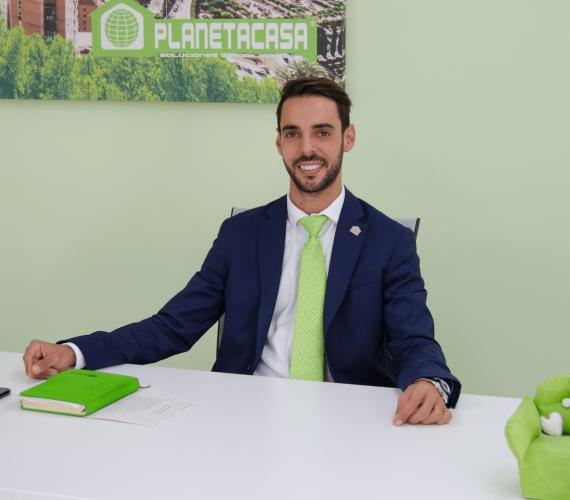 Agente inmobiliario experto Málaga carlos caparros planetacasa inmobiliaria malaga (4)